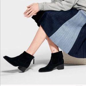UGG Bandara Black Suede Ankle Boot Size 6.5